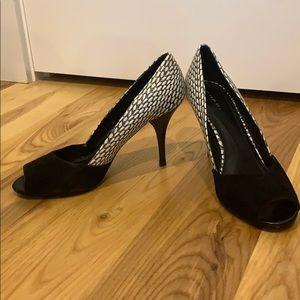 Tahari high heel